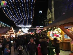Weihnachtsmarkt-Kuhrfuerstendamm