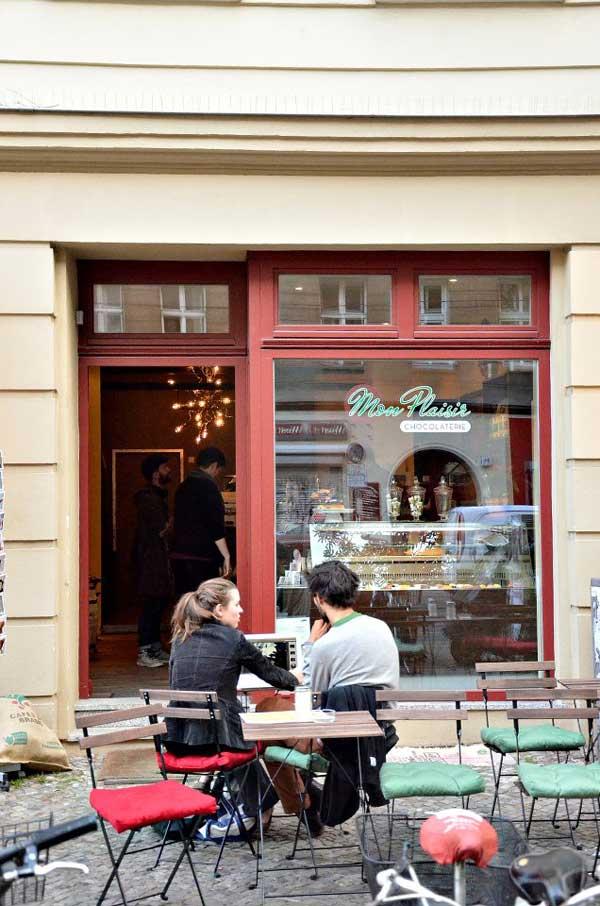 Bild-Ladenfront-Cafe-Mon-Plaisir