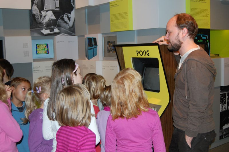 Bild-Computerspiele-Museum-Fuehrung Kinder