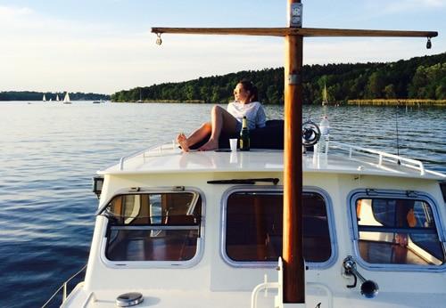 Bild-Partyboot-mieten