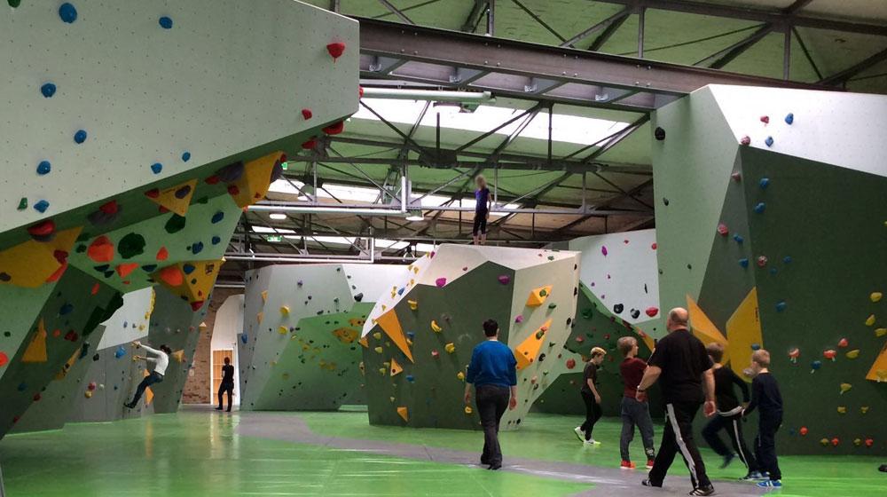 Bild Boulderhalle Cliffhanger in Spandau
