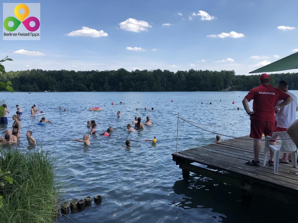 Baden am Liebnitzsee bei Berlin Waldschwimmbad und Ruderbootsverleih