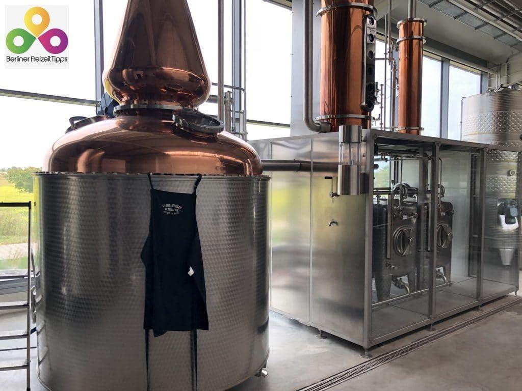Die gläserne Whisky Destillerie Glina Whisky in Werder