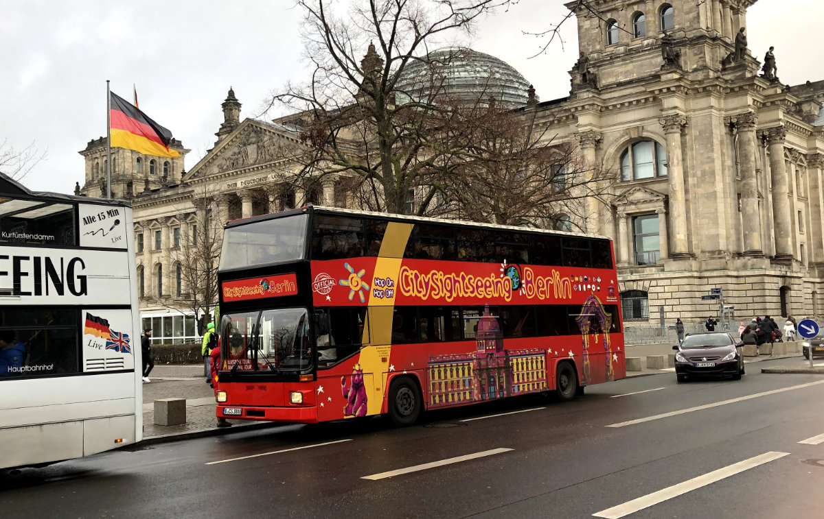 Stadtrundfahrt-Hop-On-Hop-Off-Touren-Tempelhofer-Sightseeing