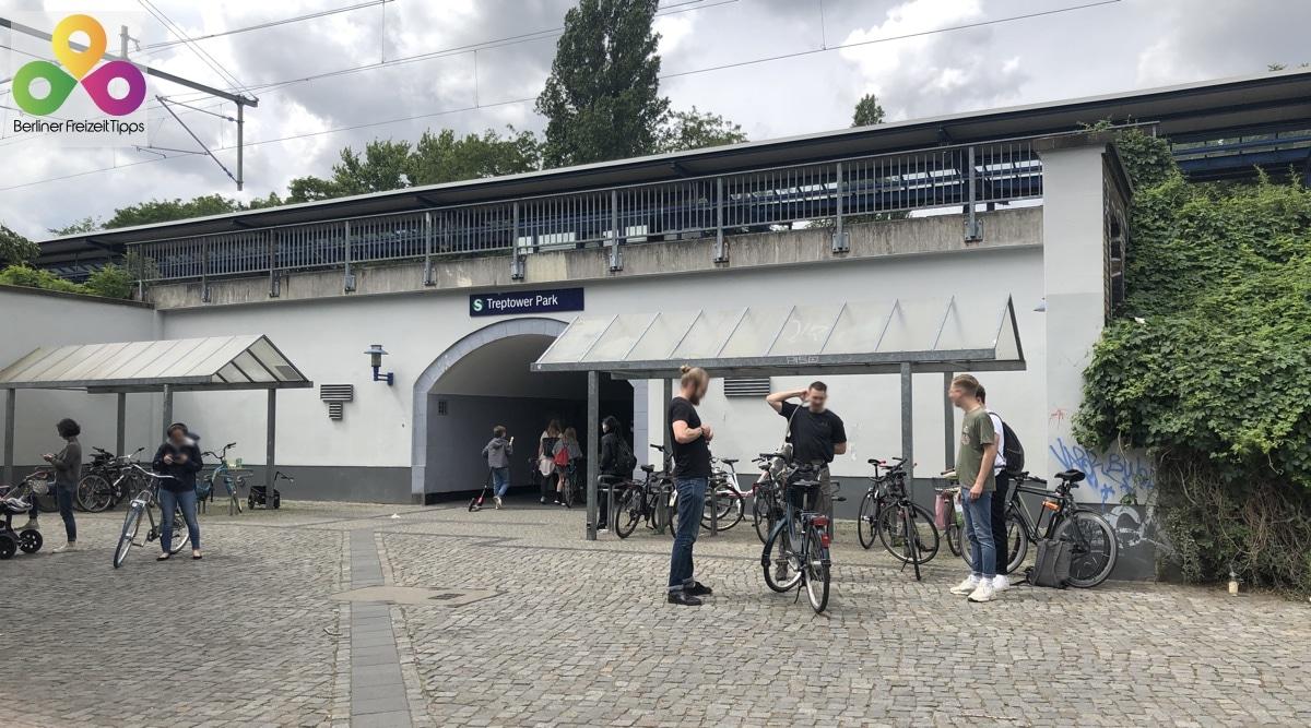 S-Bahnhof Treptower Park