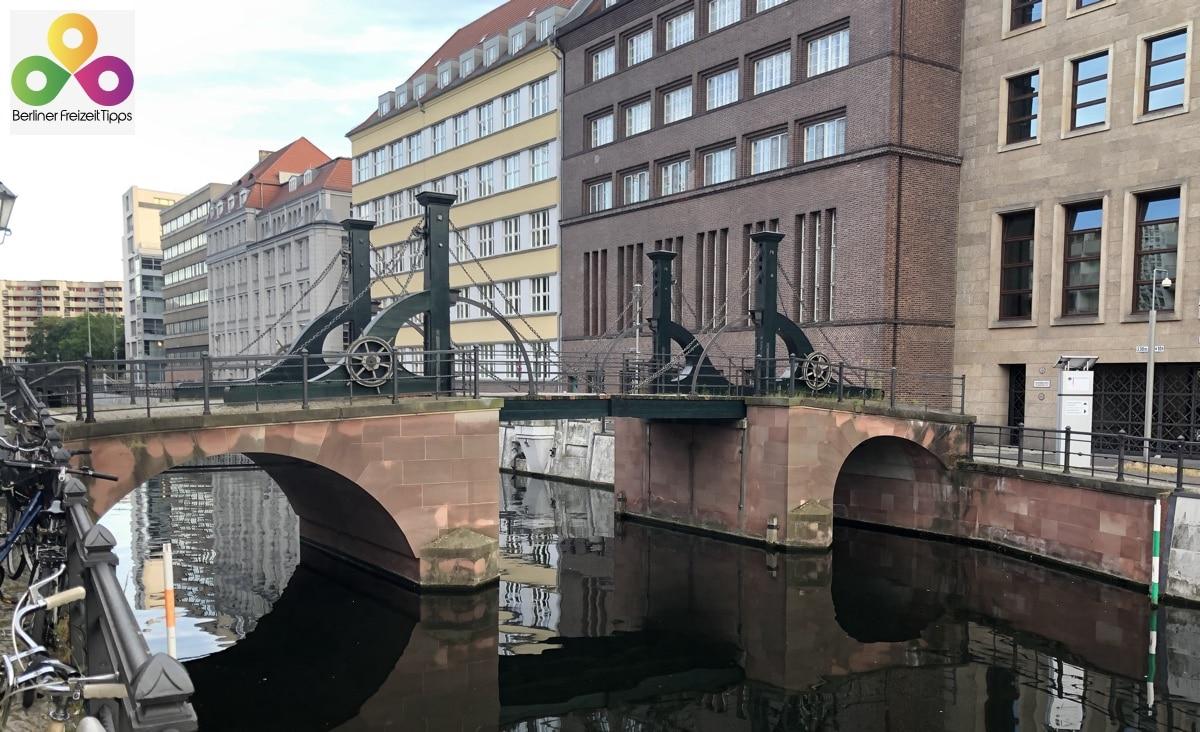 Bild Jungfernbrücke Berlin