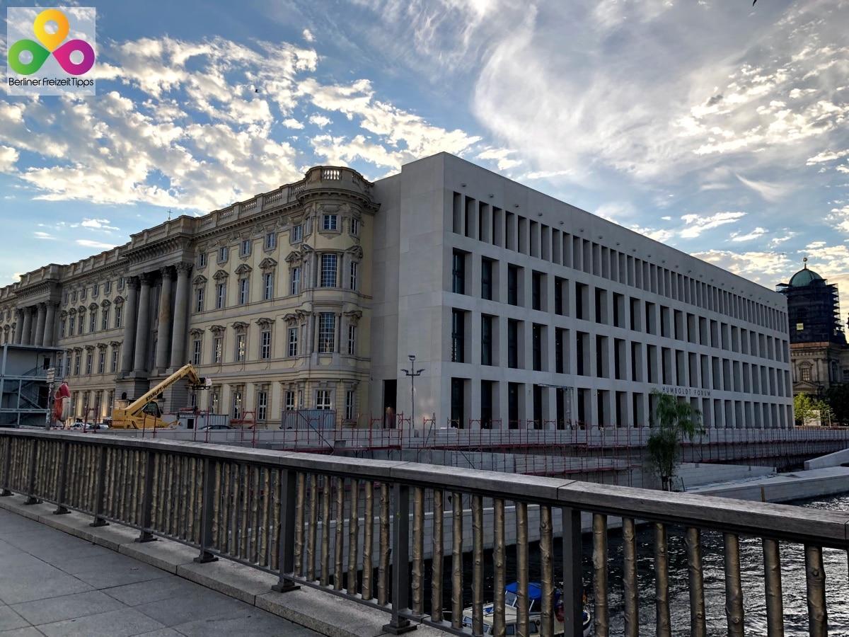 Bild Rückseite Stadtschloss Berlin Humboldtforum