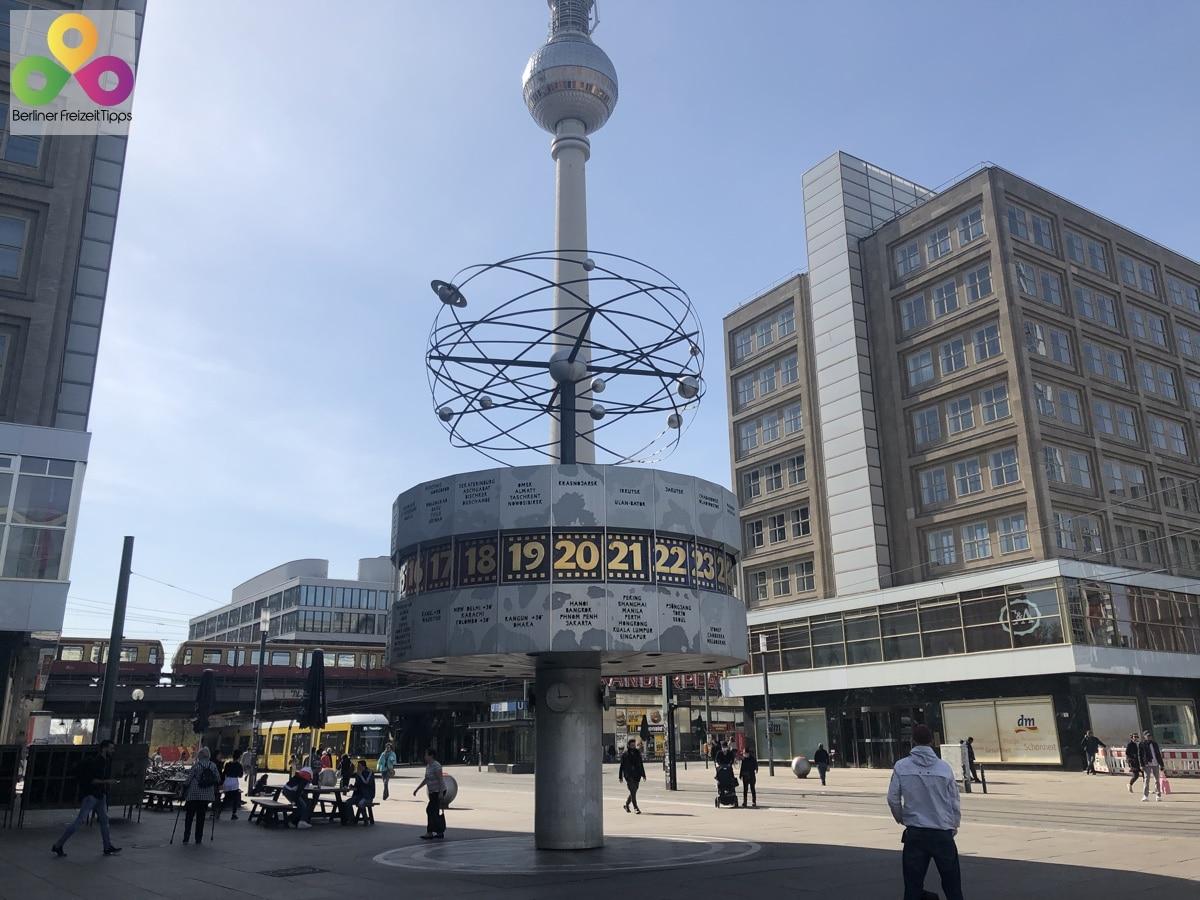 Foto Alexanderplatz Weltzeituhr