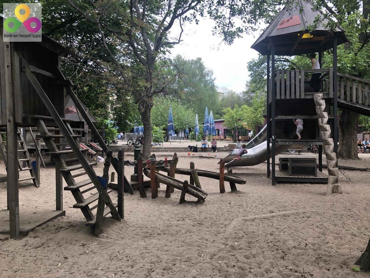 Bild Spielplatz am Biergarten Jockel